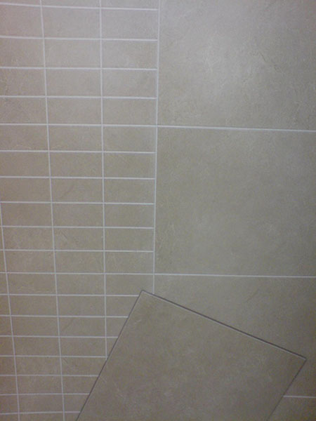 Gresite con azulejos en la decoraci n del cuarto de ba o - Papel para azulejos de bano ...