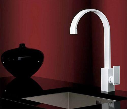 newform-faucet-d-rect.jpg