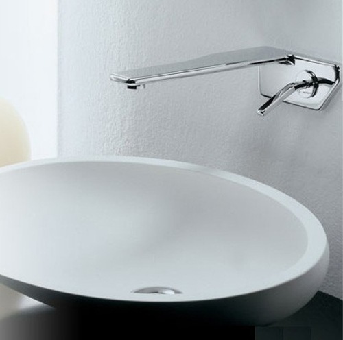 newform-faucet-flu-x-wall-mount.jpg