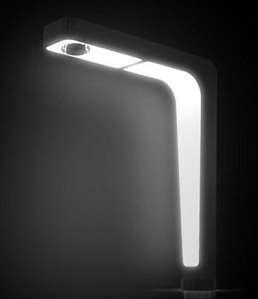 ndwelt-lighted-faucet-spot-4.jpg