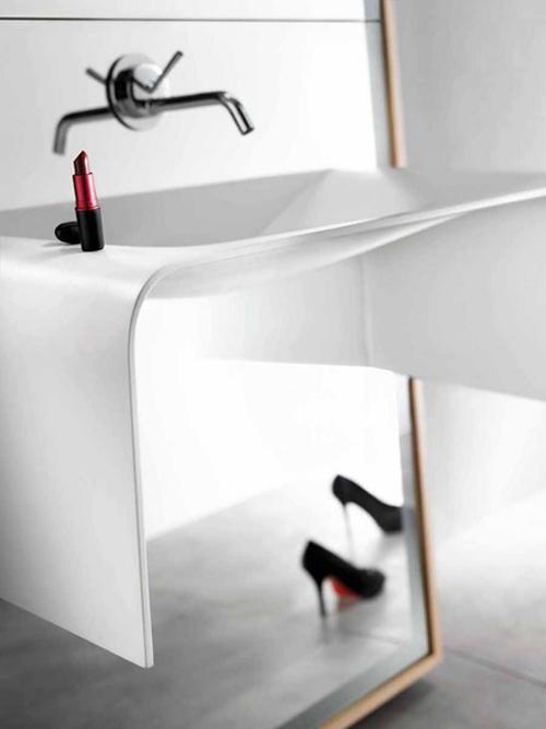 delpha-bathroom-mirror-o-image-1.jpg