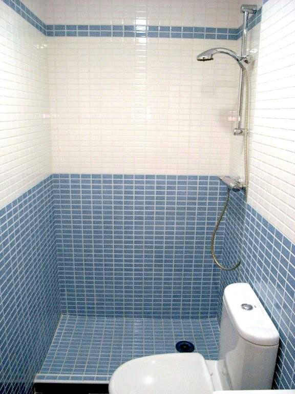 Cambiar la ba era por un plato de ducha es lo que se lleva - Cambio de banera por plato de ducha sin obras ...