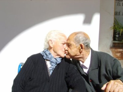 beso-abuela