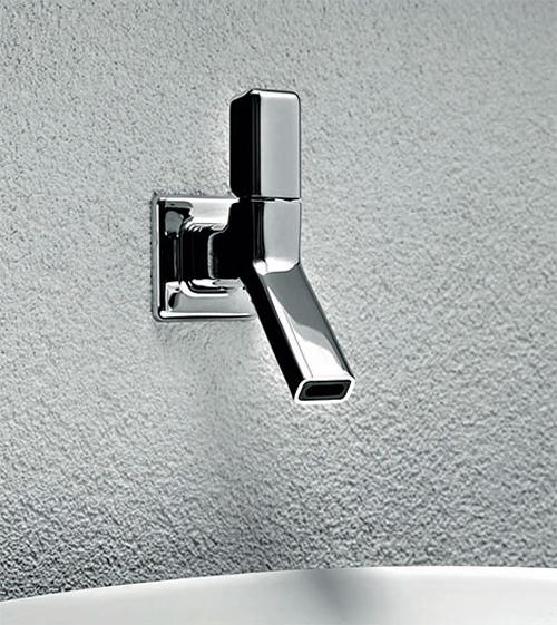 wall-mounted-faucet-faraway-zucchetti_securibath