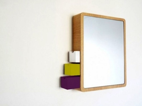 Un espejo para guardar objetos aqua for Espejo con almacenaje