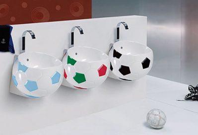 baño-infantil-pelota-fútbol