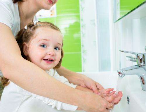 Levantar la mano para la higiene – Día Mundial del Lavado de Manos 2015