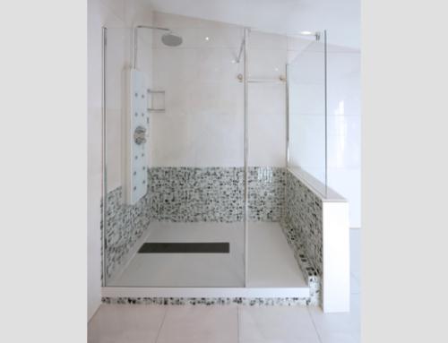 ¿Sabes cómo hacer que tu cuarto de baño parezca más grande?