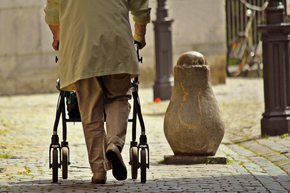 seguridad para personas mayores en el hogar