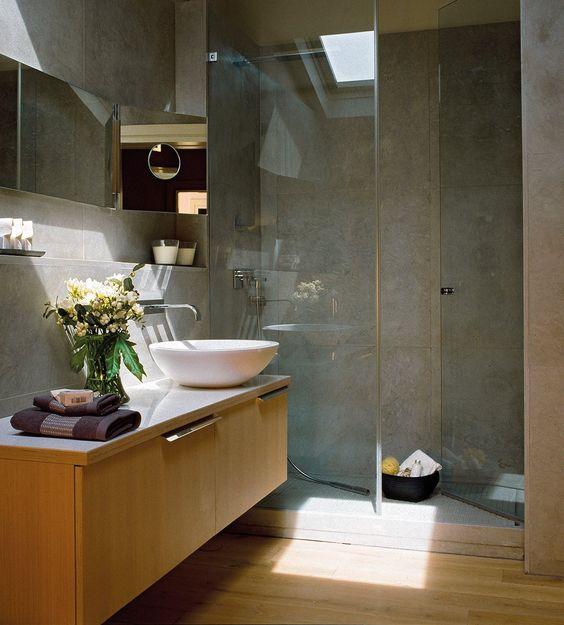 Cuartos de baño con iluminacion natural - aqua
